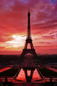 How can you not think this city is the most beautiful in the world? I will be Parisian once again soon enough.